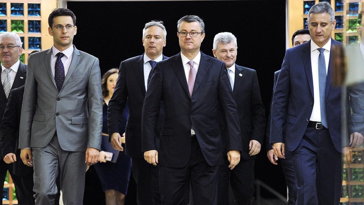 Hrvatski teatar apsurda
