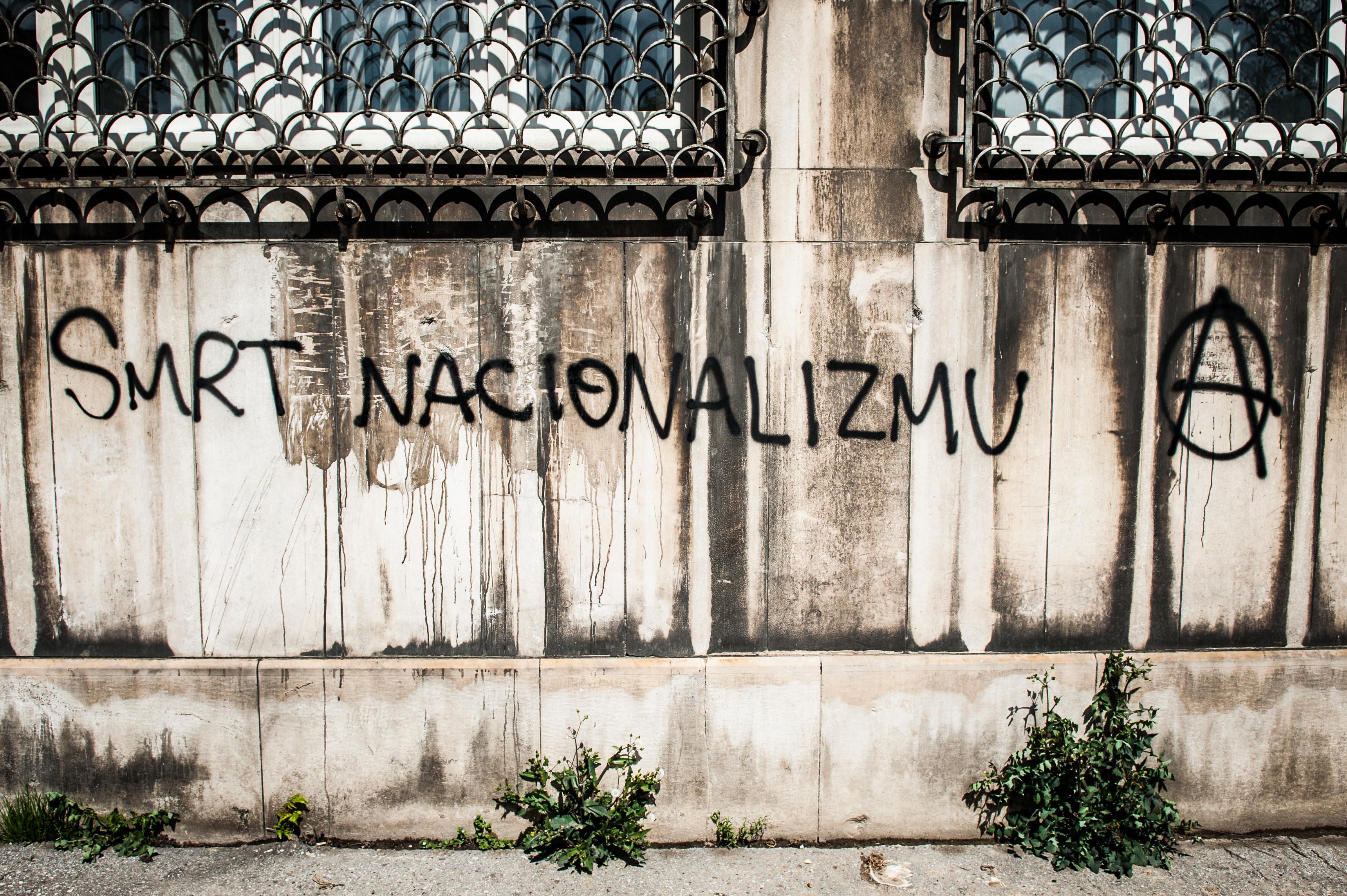 Tko to tamo ruši Bosnu i Hercegovinu?